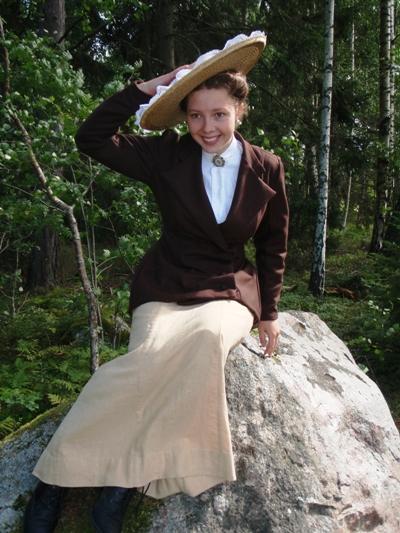 1909 'Beatrix' Jacket