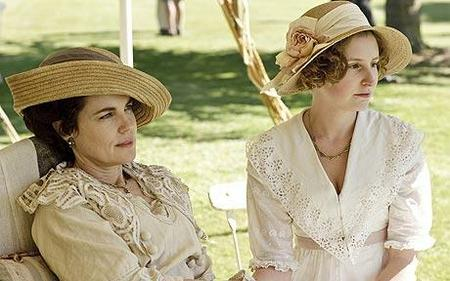 Downton Abbey Lady Cora and Lady Edith
